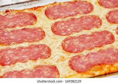 Tasty cheese pizza with sausage