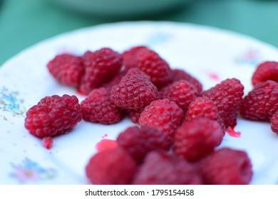 Frutos sabrosos - freah, frambuesas rojas