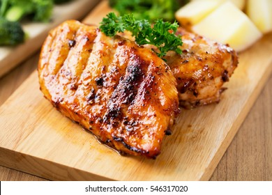 tasty grilled ckicken breast with vegetable