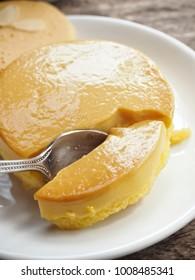 Tasty pudding cake