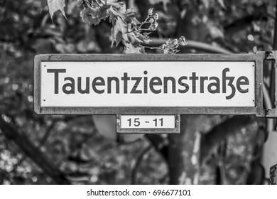 Tauentzienstrasse in Berlin Charlottenburg