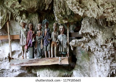 Tau-Tau's, Guardians of the Dead, in the Suaya Tampangallo Burial Cave, Toraja, Sulawesi, Indonesia