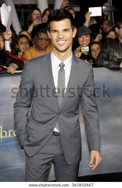 """Taylor Lautner at the Los Angeles Premiere of """"The Twilight Saga: Breaking Dawn - Part 2"""" held at the Nokia L.A. Live Theatre in Los Angeles, California, United States on November 12, 2012."""