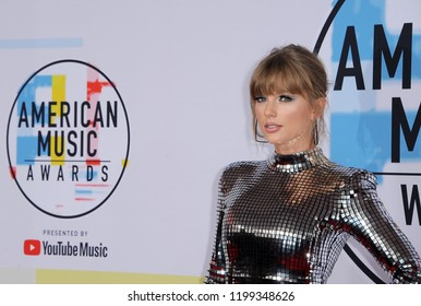 Taylor Swift at the 2018 American Music Awards held at the Microsoft Theater in Los Angeles, USA on October 9, 2018.