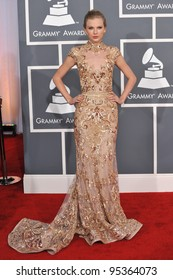 Taylor Swift Grammy Awards Images Stock Photos Vectors Shutterstock