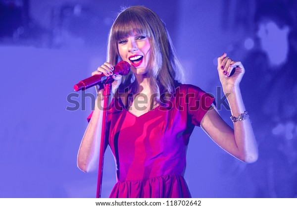 Taylor Swift performs and turns on the Christmas Lights at Westfield Shepherd's Bush, London. 06/11/2012 Picture by: Steve Vas