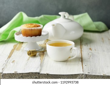 tea and capcake on the table