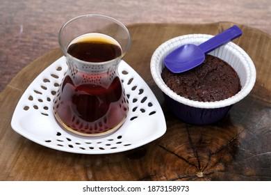 tea and cupcake delicious, karadeniz tea, cupcake on the wood background, wood background on the tea