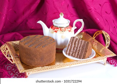 Tea drinking with a honey cake