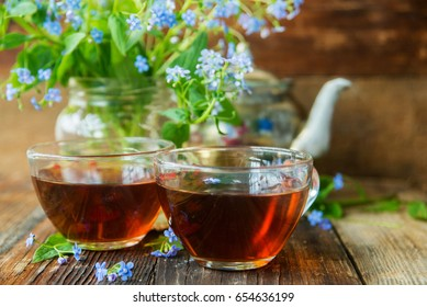 Tea and forget-me-nots
