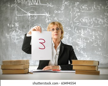 Teacher showing a bad note