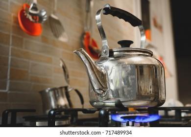 teakettle stove cooker teapot kettle burner boiling water kettle
