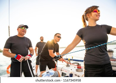 Team athletes Yacht training for the competition