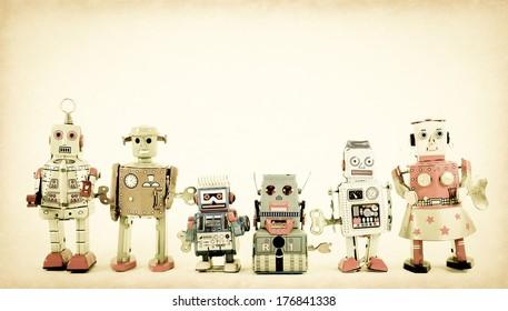 Imágenes, fotos de stock y vectores sobre Business+toy+robot