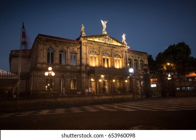Teatro Nacional de Noche. San Jose, Costa Rica.