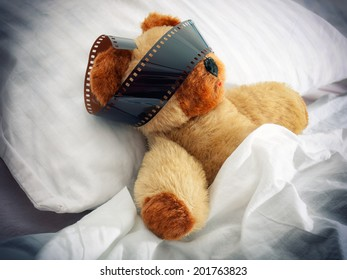 Teddy bear has some vivid almost movie dreams during sleep.