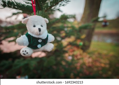 A Teddybear on a christmas tree at the fortress bourtange