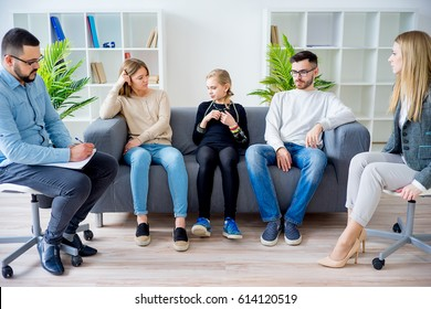 Teetochter in Familientherapie