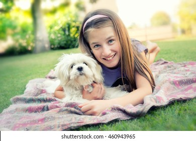 Teen girl whit her dog