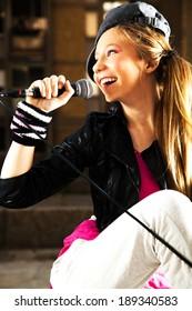 Teen singer