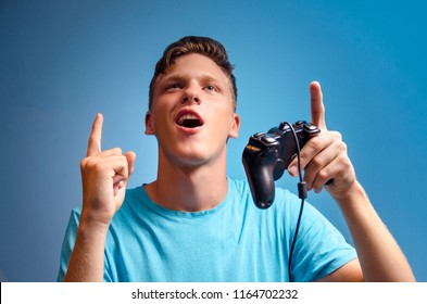 Teenager win / success in video game