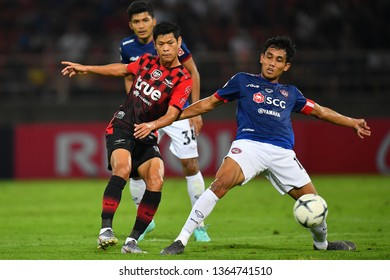 Teerasil Dangda no.10(blue)of SCG Muangthong United in action during The Football Thai League between Bangkok United and SCG Muangthong United at  True Stadium on March02,2019 in Pathum Thani,Thailand