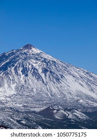 Teide Mountain covered with snow, Teide National Park, Tenerife Island, Canary Islands, Spain