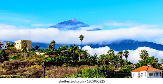 Teide, Tenerife, Spain - The Pico del Teide (Teyde), at 3718 m, is the highest point on the Canary Island of Tenerife. Aan a sunny day with clouds in October.