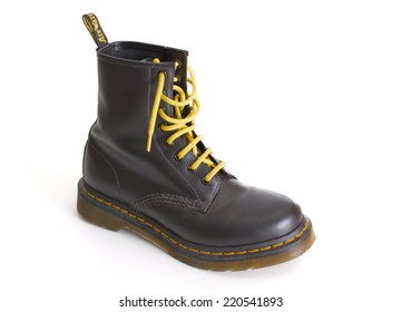 Army Boots Israel Images Stock Photos Vectors Shutterstock