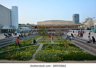 TEL AVIV - MAR 28 2015:Habima Square in Tel Aviv, Israel.It's a public space, home to cultural institutions such as Habima Theatre, Culture Palace and Helena Rubinstein Pavilion for Contemporary Art.