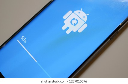 TEL-AVIV - JANUARY 2019: Android 9 Pie update process on the Samsung Galaxy Note 9. This update contain One UI interface.