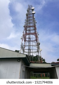 telco tower infrastructure with single cabin