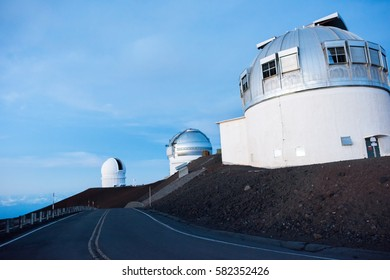 Telescopes on the Mauna Kea summit on the Big Island of Hawaii, state of Hawaii (USA).