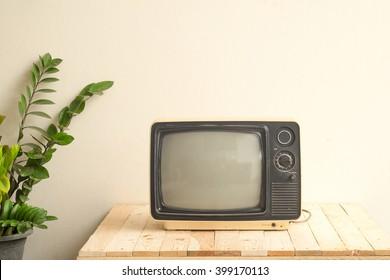 divan tv crack