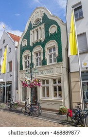 TELGTE, GERMANY - AUGUST 7, 2016: Old book store in a shopping street in Telgte, Germany