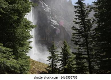 Telluride, Waterfall bridal veil power station