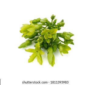 Telosma cordata, Asclepias cordata, onkin jasmine, pakalana vine, Tonkinese creeper flower isolated on white background