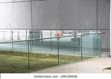 tempered laminated glass railing balustrade panels frameless ,safety glass for modern architectural buildings.