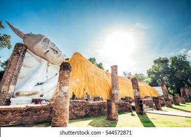 Temple of Ayutthaya,History of Thailand,Buddha statue at Temple of Ayutthaya,Wat Khun Intha Pramun temple at at Angthong Province,Historical Park
