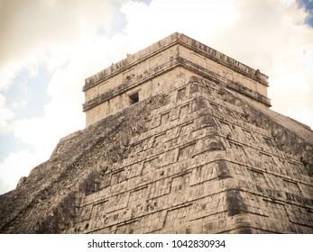 Temple at Chichen Itza Mexico