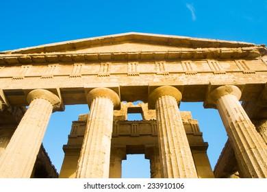 Temple of Concord in Agrigento Valle dei Templi, Sicily, Italy