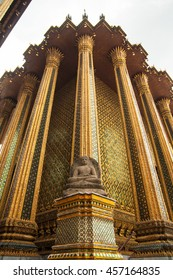 Temple of Emerald Buddha (Wat Phra Kaew ) in Bangkok, Thailand