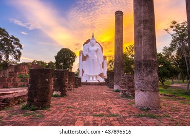 Temple evening  in Phitsanulok, Thailand.