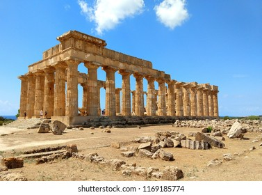 Temple of Hera (Temple E), in Selinunte, Sicily. Selinunte is the largest archaeological park in Europe.