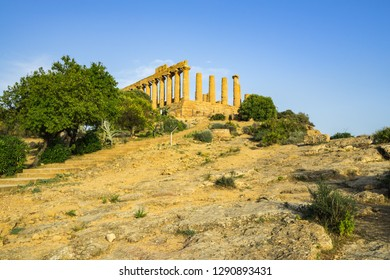 Temple of Juno (Giunone) or the Temple of Hera was built around year 450 BC in doric style, Valle dei Templi, UNESCO World Heritage Site, Agrigento, Sicily, Italy