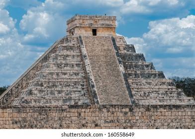 Temple of Kukulkan Pyramid (also known as El Castillo) in Chichen Itza, Mexico