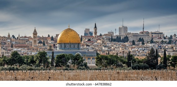 Temple Mount with Dome of the Rock from Dominus Flevit church in Jerusalem, Israel