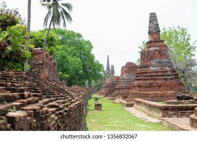 Temple: Pagoda of Wat Phra Si Sanphet at Phra Nakhon Si Ayutthaya, Thailand, Ancient, Traditional, Park