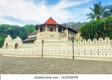 Temple of the Sacred Tooth Relic at Kandy, Sri Lanka.