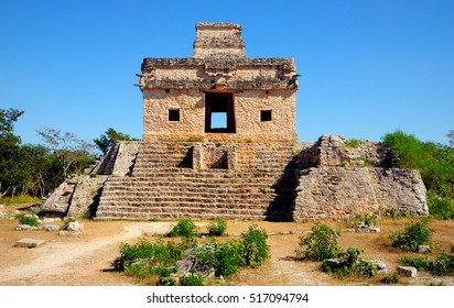 Temple of the Seven Dolls, Dzibilchaltun, Yucatan, Mexico.